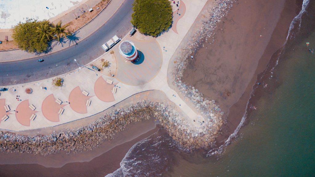 Foto aérea del faro de puntarenas